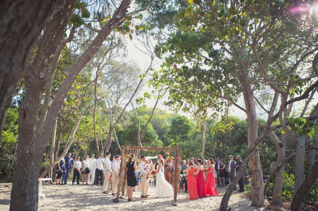 Noosa Beach Wedding, NSW : Kat Stanley Photography