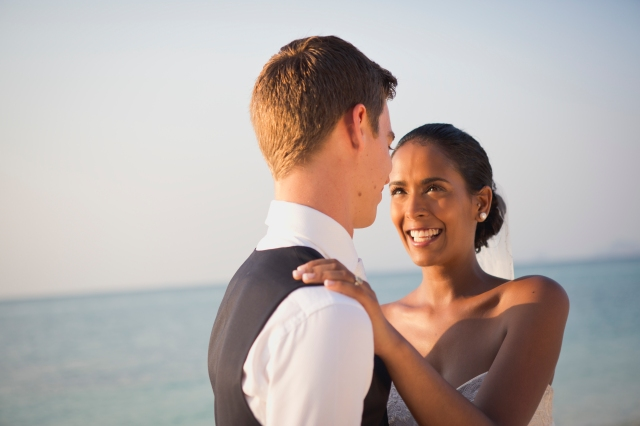 The golden hour for wedding photography